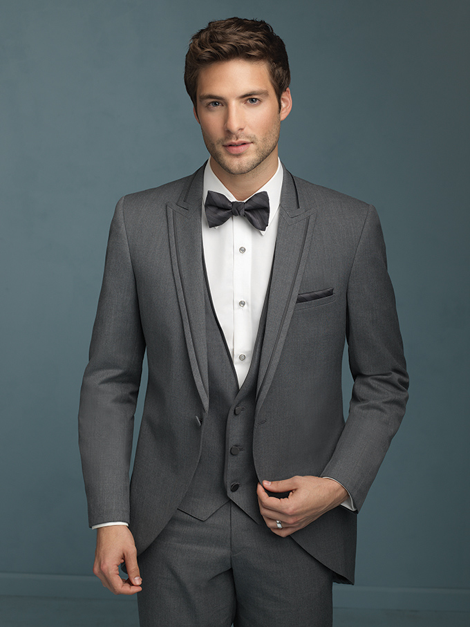 Men's Gray Suit for a Wedding. This distinguished gray suit was a part of my Father's Day series on Bayside Bride this week. You can read the whole post there, and get my thoughts on how and when to wear this gray suit.