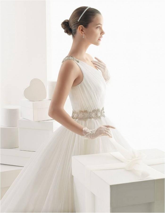 Wedding Dress Preview: Rosa Clará 2014
