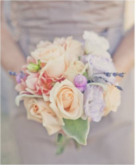 lavender and peach bouquet