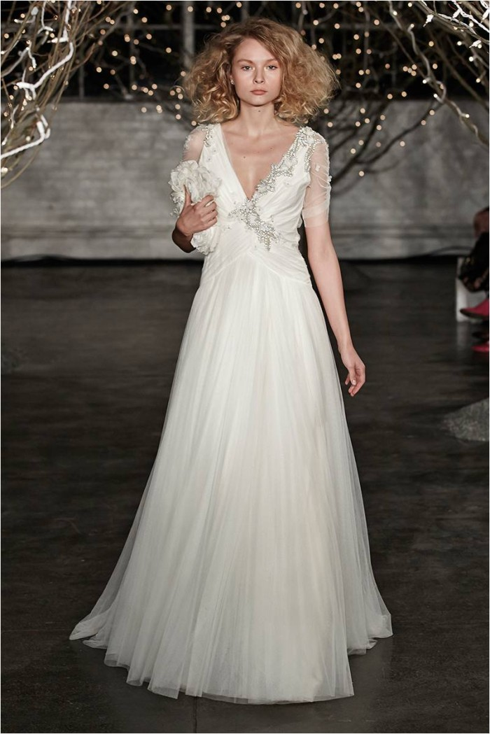 Amour by Jenny Packham
