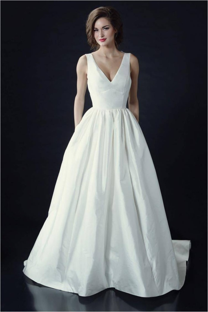 Vivienne Beau by Heidi Elnora Wedding Dresses 2014 V Neck Wedding Gown