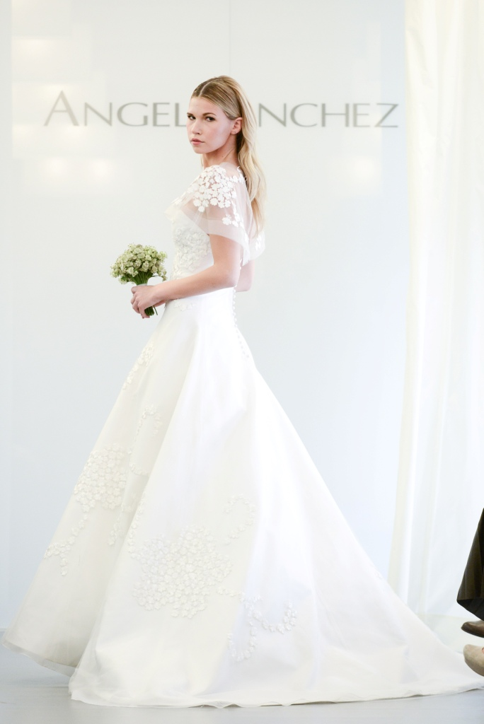 ANGEL SANCHEZ Bridal 2015 Runway