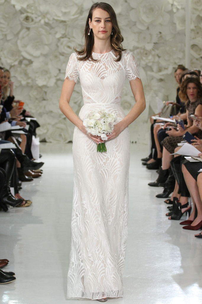 Beilin a lace wedding gown with short sleves and cut out bodice