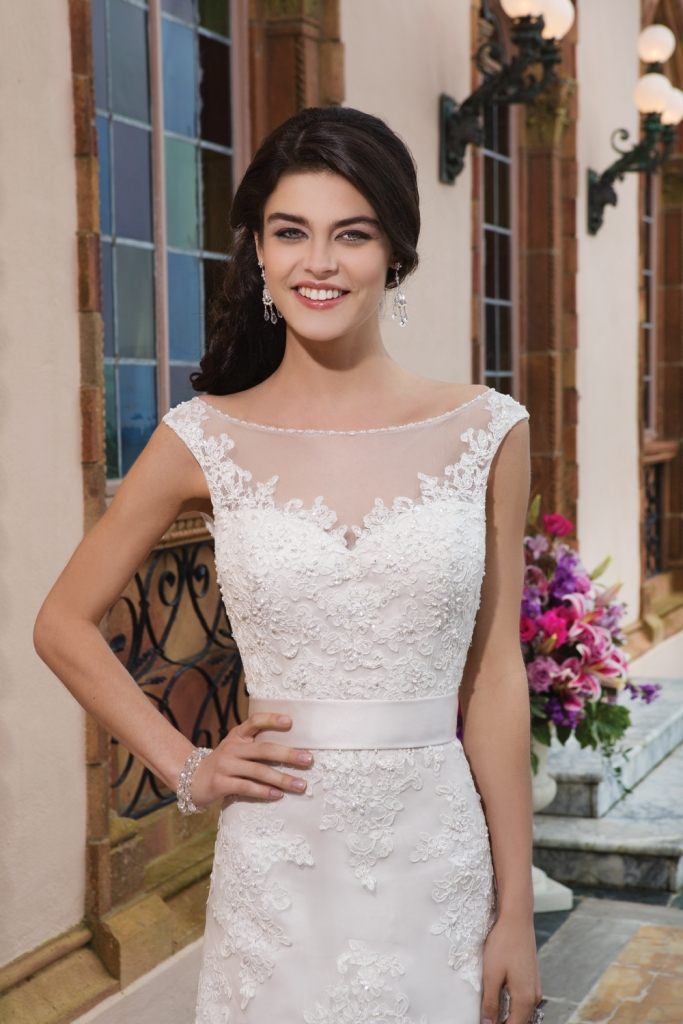 Style 3822 from Sincerity Bridal