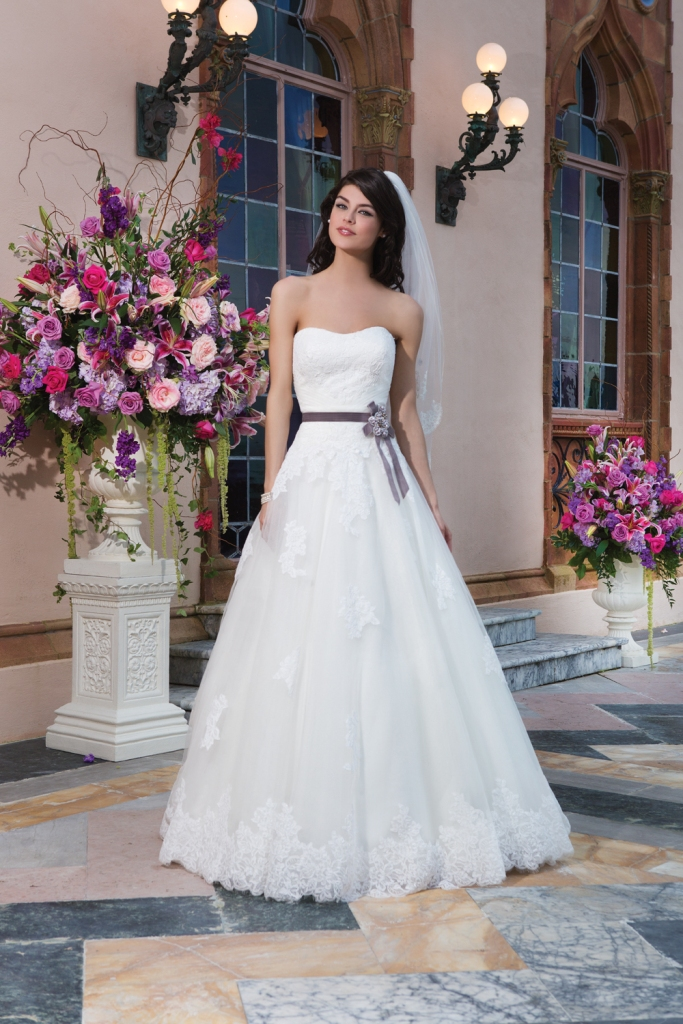 Style 3832 by Sincerity Bridal