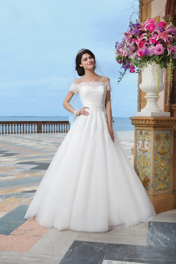 Style 3836 from Sincerity Bridal