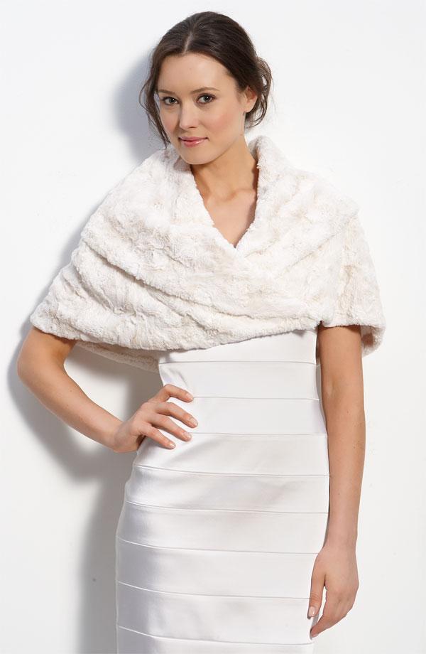 faux fur wrap for a wedding dress