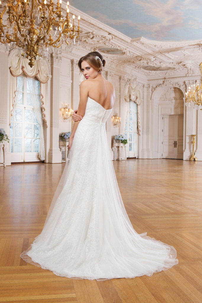 Lillian West Style 6349