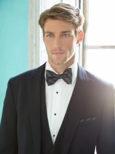 Groom in Black Tie Allure Men
