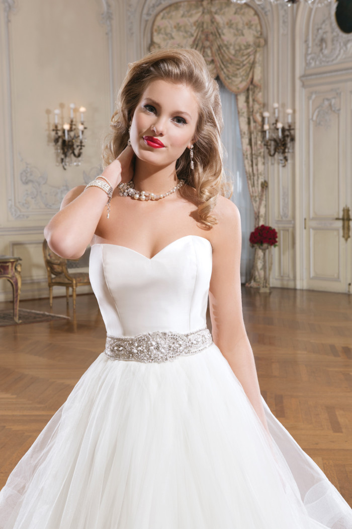 Justin Alexander Wedding Dress Style 8779 Strapless Tulle Wedding Dress