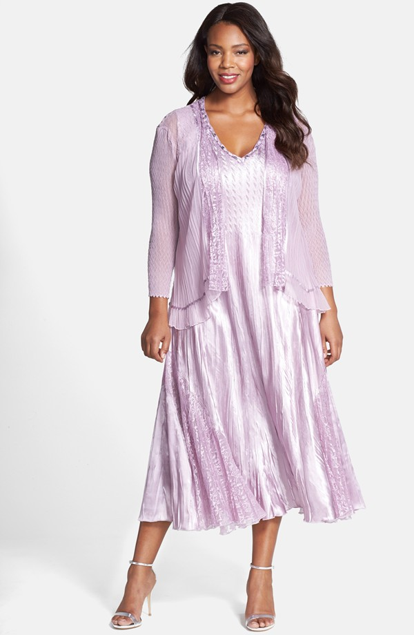 light purple dress with sleeves for a mother of the bride