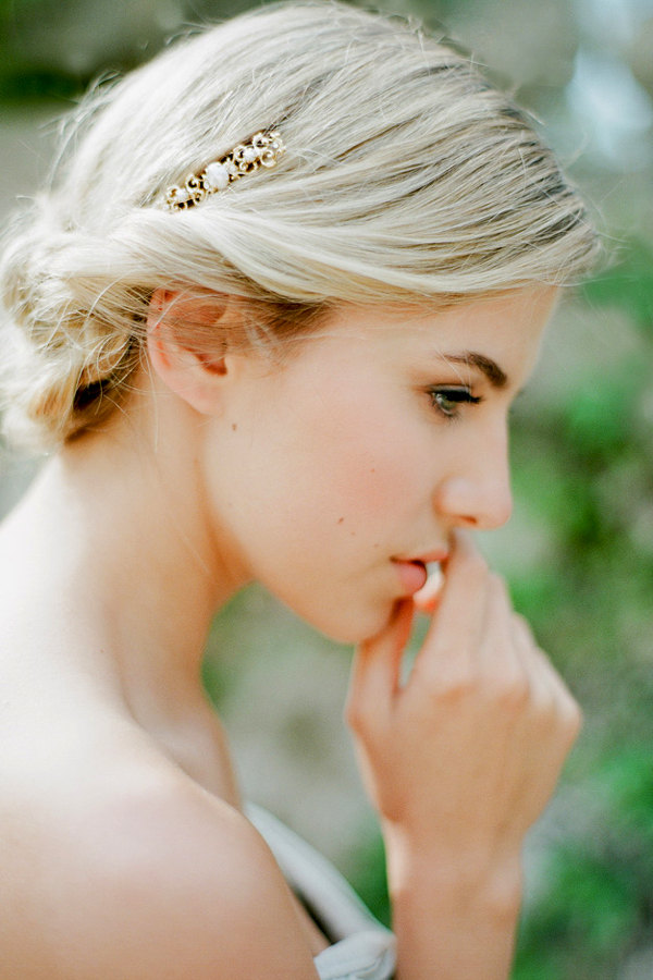Dainty gold hair pin for a bride by Bridal LaBoheme,  Photography by Jemma Keech