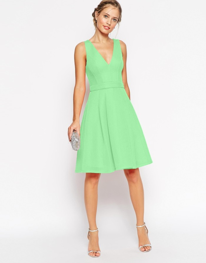 Preppy green dress for wedding guest