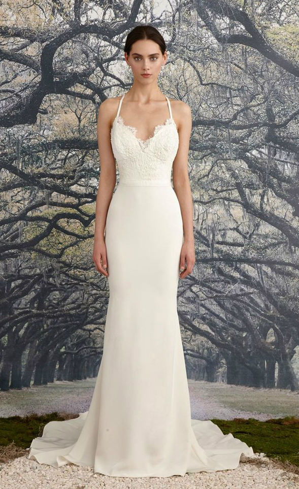 Beautiful wedding dresses for beach weddings for Plain wedding dresses with straps
