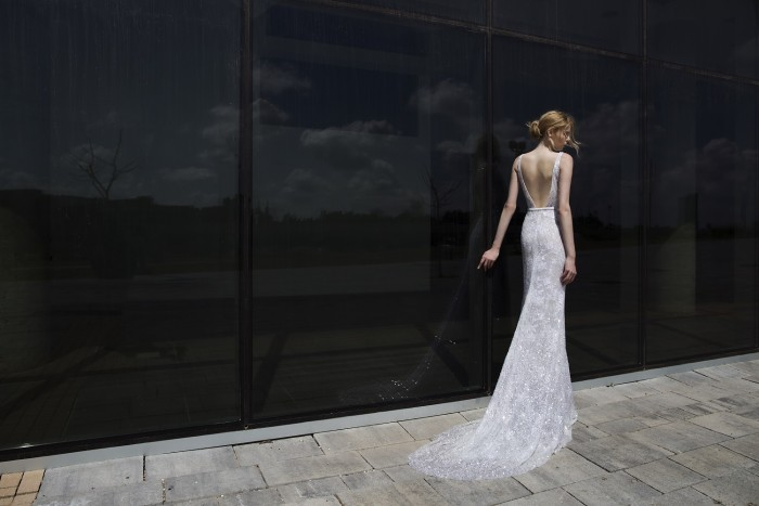 Elle wedding gown by Mira Zwillinger | Photography by Alexander Lipkin, Headpieces by Tami Bar-Lev