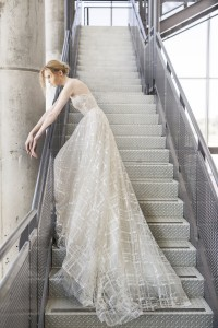 Valentina wedding gown by Mira Zwillinger | Photo by Alexander Lipkin