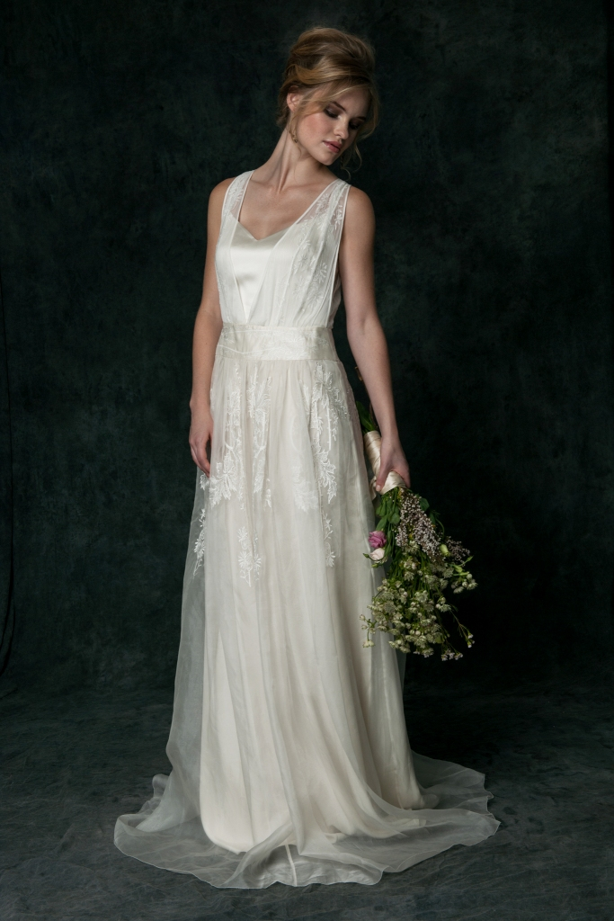 Style 0R6550 | Saja Wedding Dresses Off white silk chiffon bridal gown with embroidery
