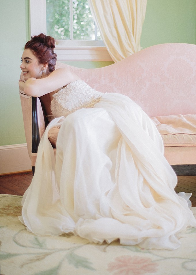 Bridal portrait in a Modern Trousseau wedding dress | Photo by Kelly Sauer