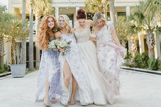 Bridal party wearing floral prints | Photography by Kelly Sauer