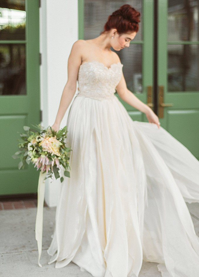 Modern Trousseau wedding dress | Kelly Sauer Photography