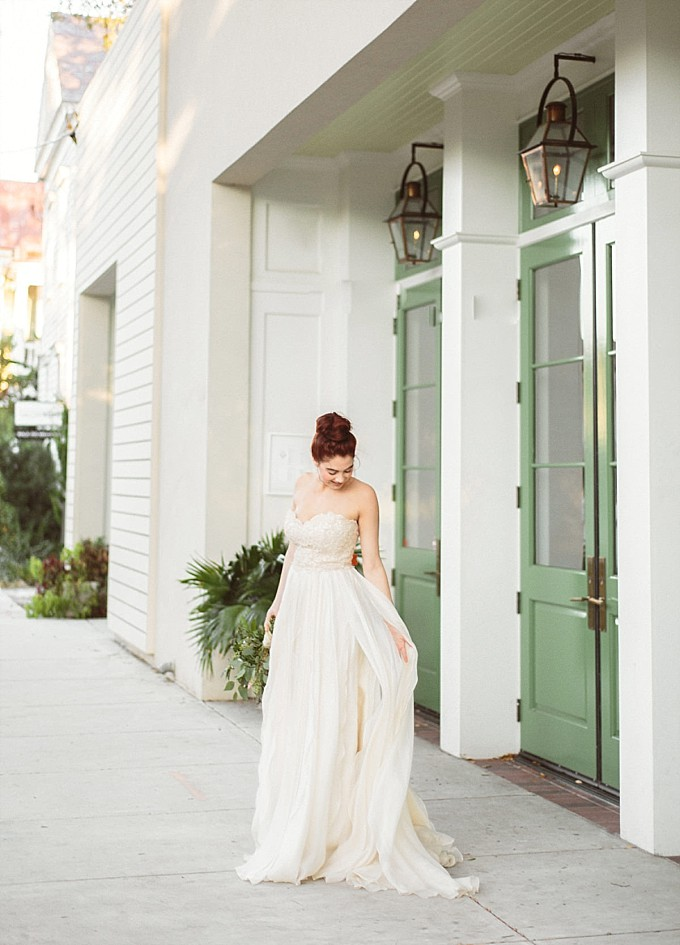 Bride wearing a Modern Trousseau wedding dress | Kelly Sauer Photography