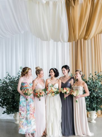 Plan a great wedding with top wedding blogs | Aisle Society | Photo by Alexis June Weddings