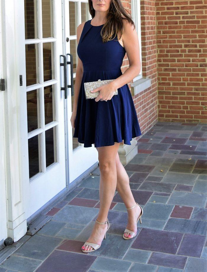 Short navy blue dress for a summer wedding guest