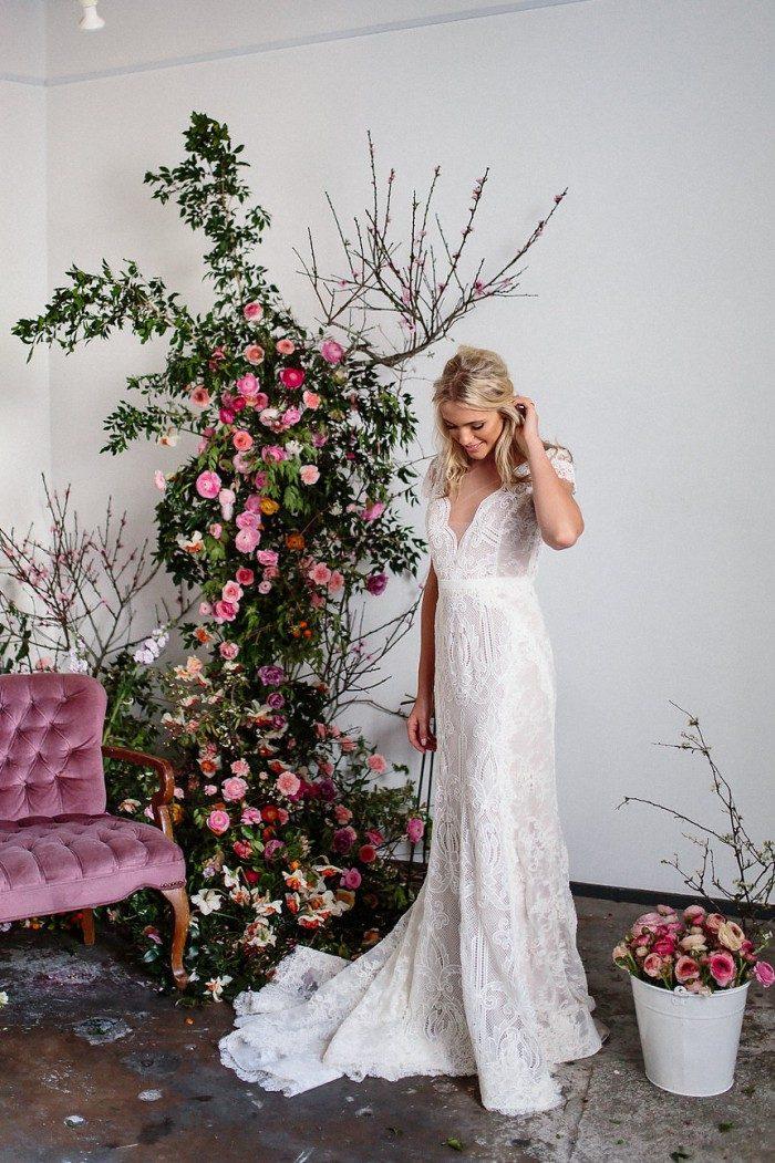 Lace cap sleeve wedding dress by Karen Willis Holmes
