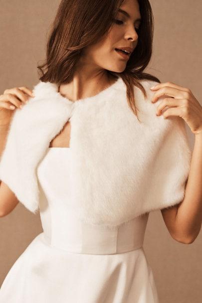 white faux fur winter wrap for bride