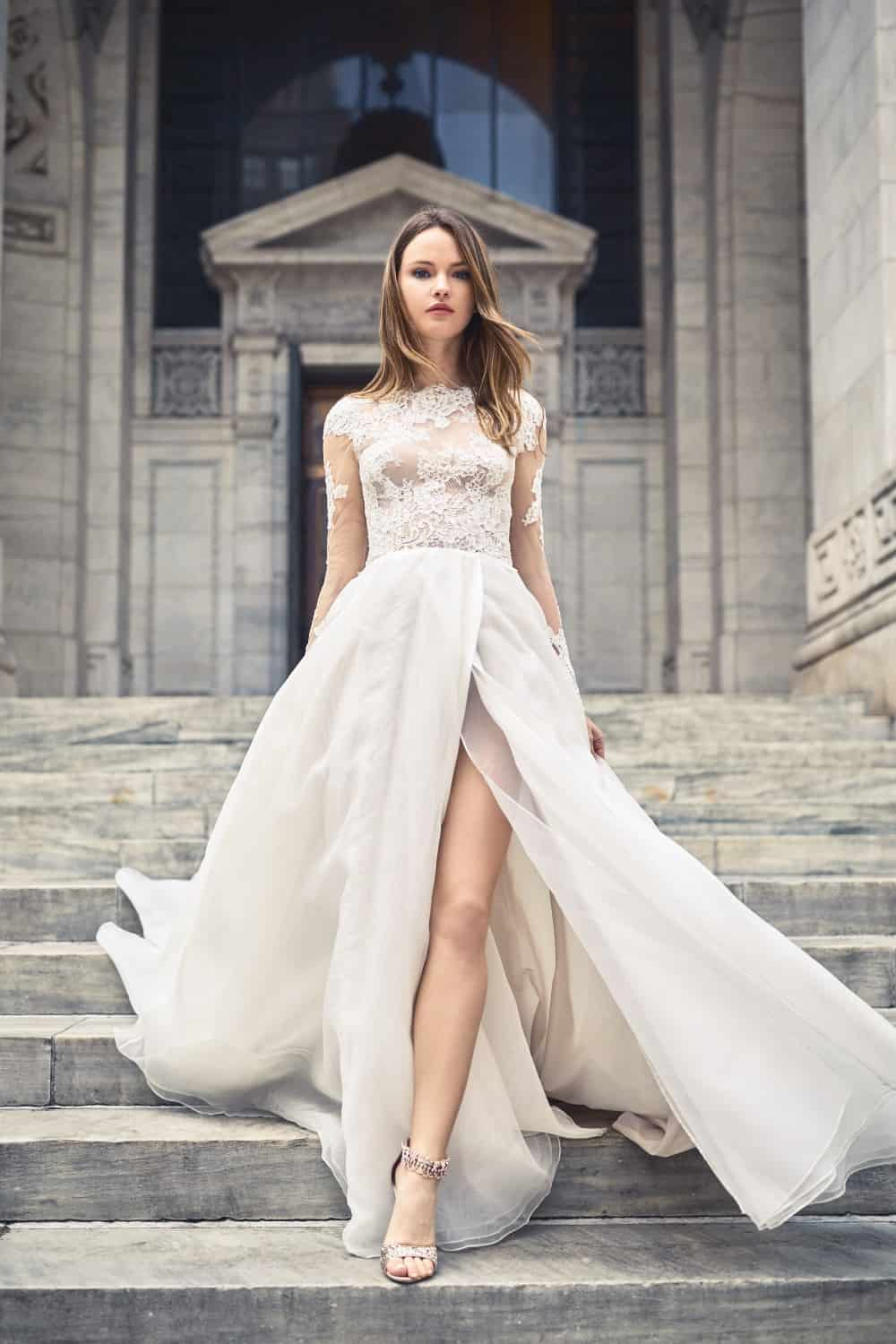 Bliss Monique Lhuillier Lace top wedding gown spring 2018
