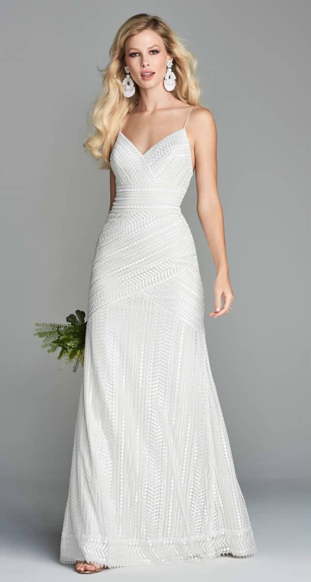 Sleek sheath wedding dress for beach wedding - Vayentha Wtoo