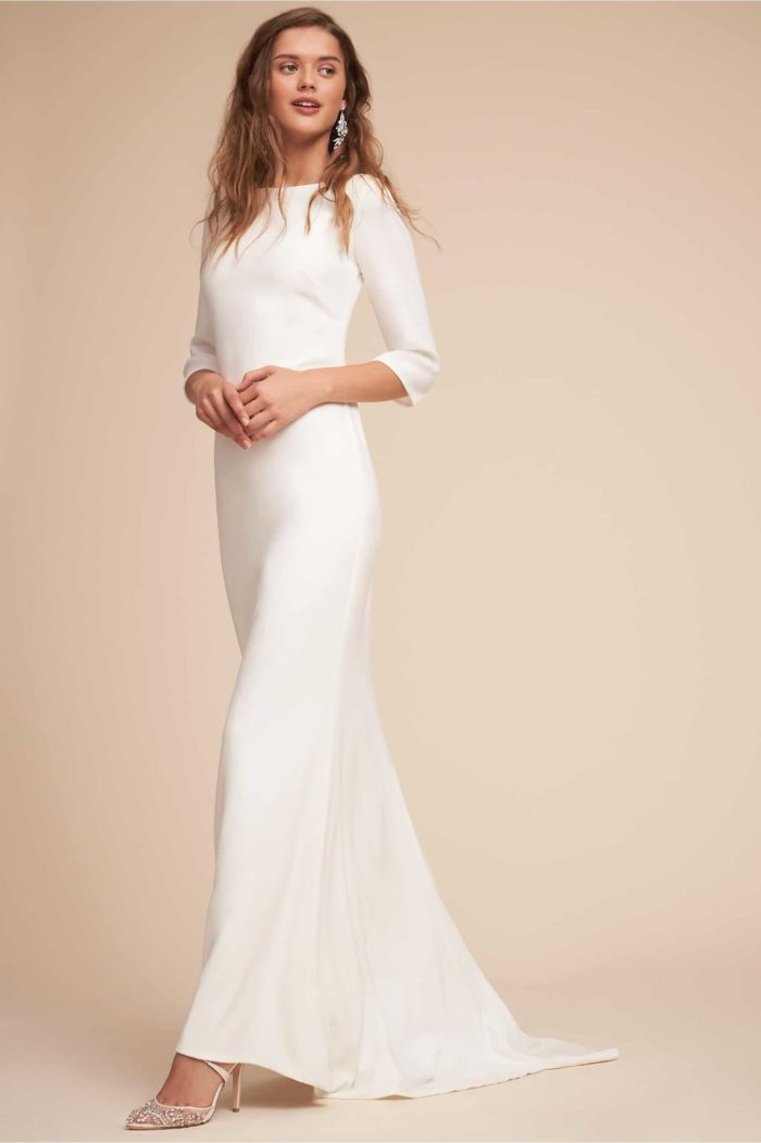 Simple Long Sleeved Wedding Dresses Like Meghan Markle\'s Bridal Gown ...
