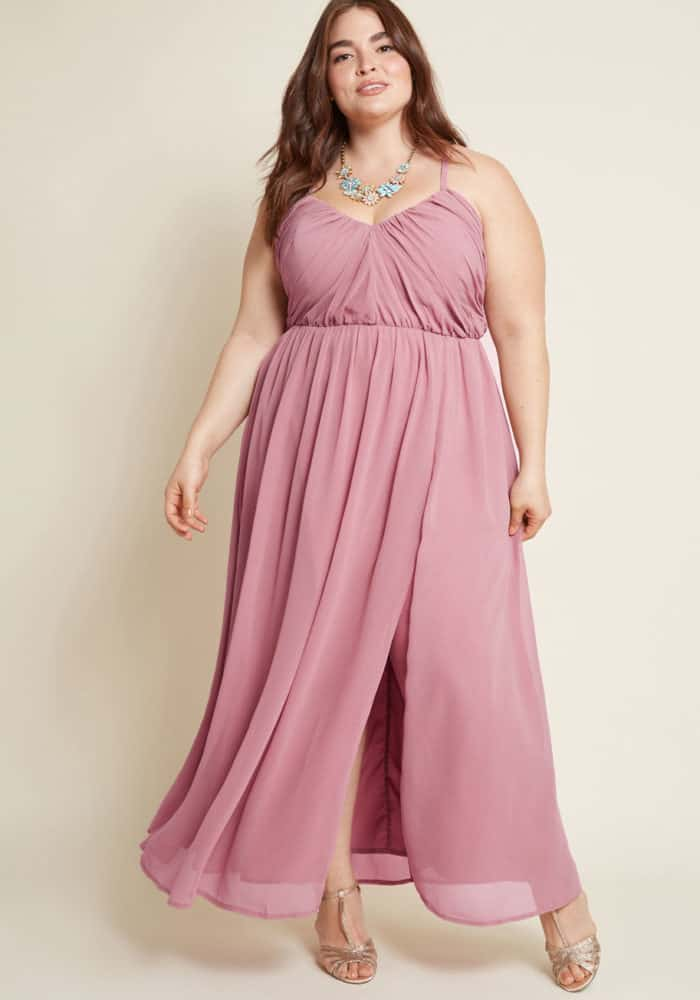 Plus size maxi dress for an August wedding guest