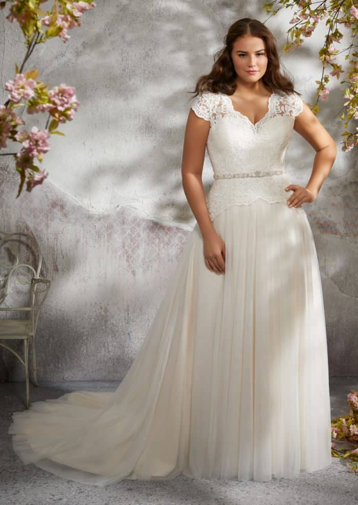 Larita wedding dress | Julietta Morilee Style 3242