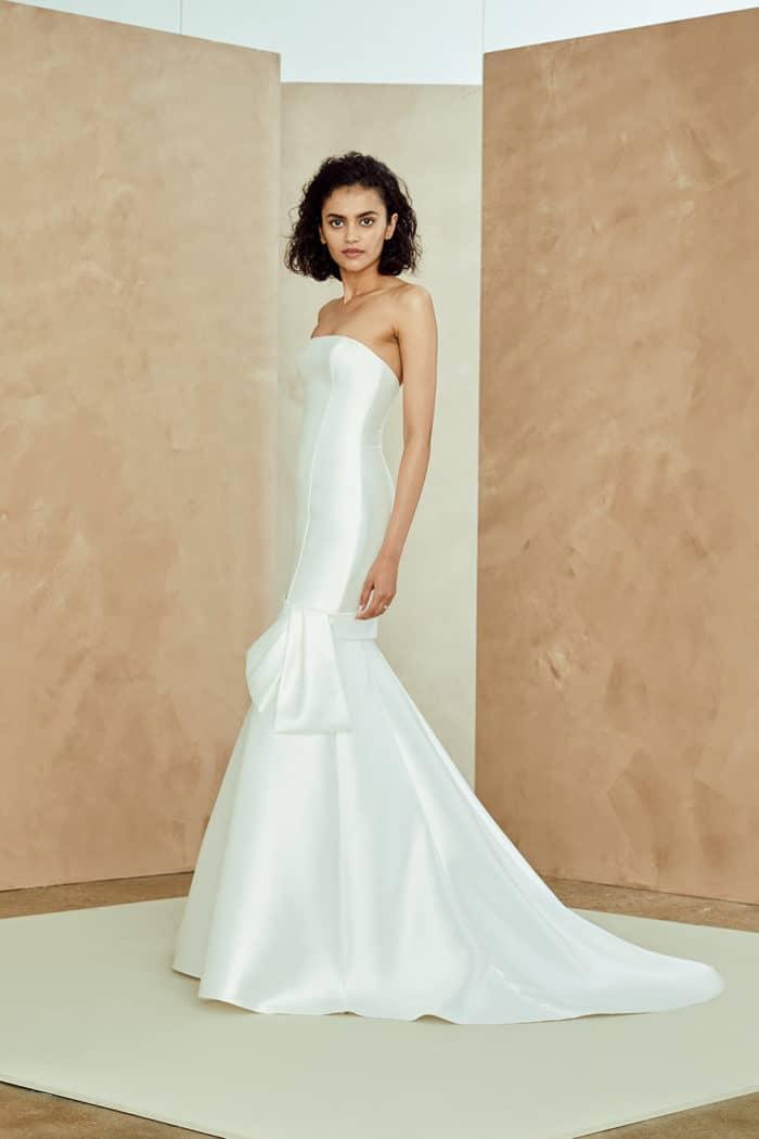 b01f4dd2638 Rosa Nouvelle Amsale Strapless drop waist bridal gown ...