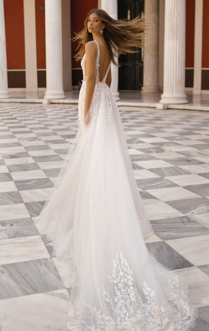 Bridal gown with extra long train   BERTA Bridal 2019