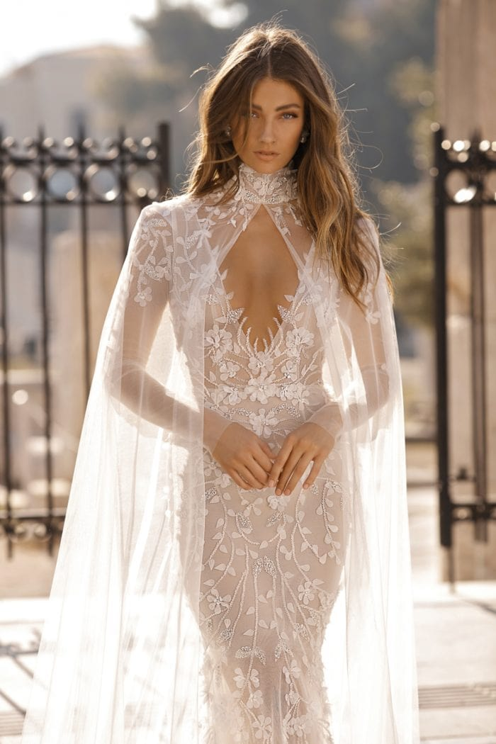 Amazing wedding dress with high neck cape