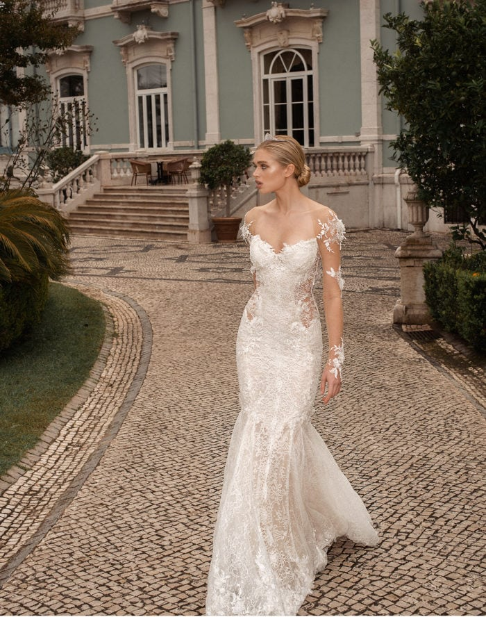 Nissa, a Galia Lahav wedding dress