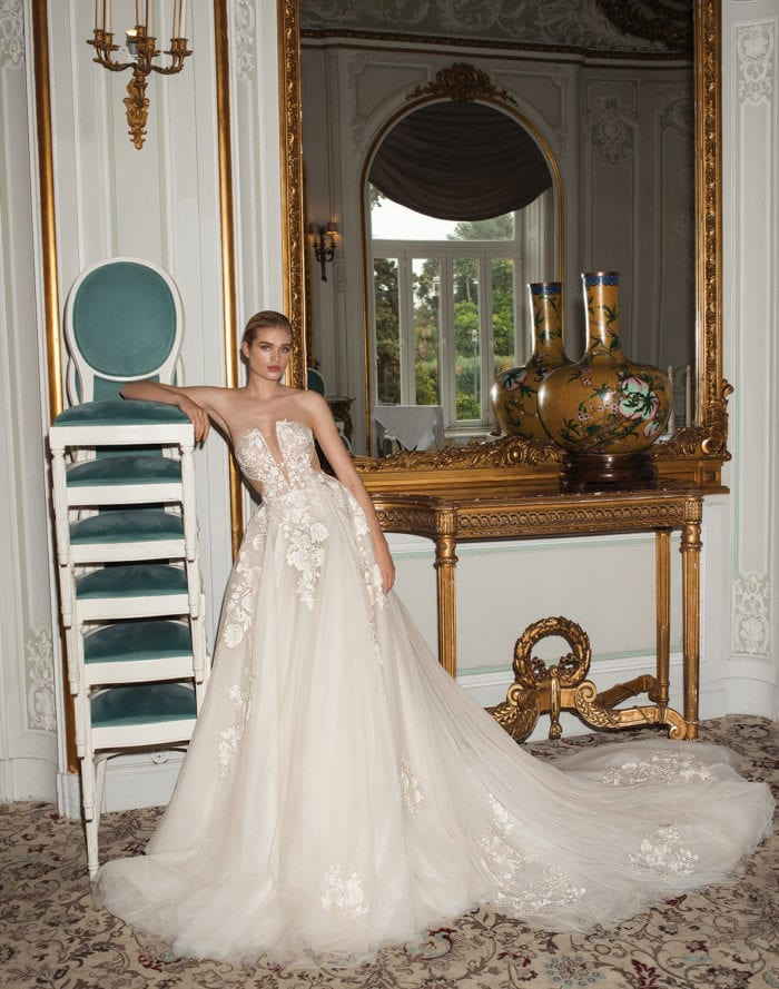 Querida , a strapless couture bridal gown by Galia Lahav