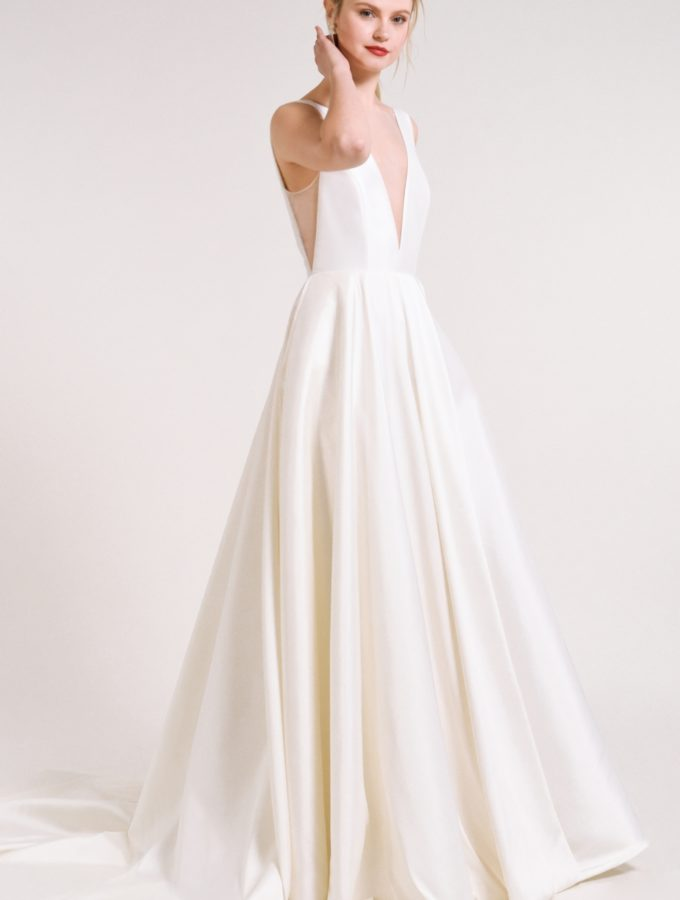 Ballgown wedding dress with pockets | Spencer gown Jenny Yoo