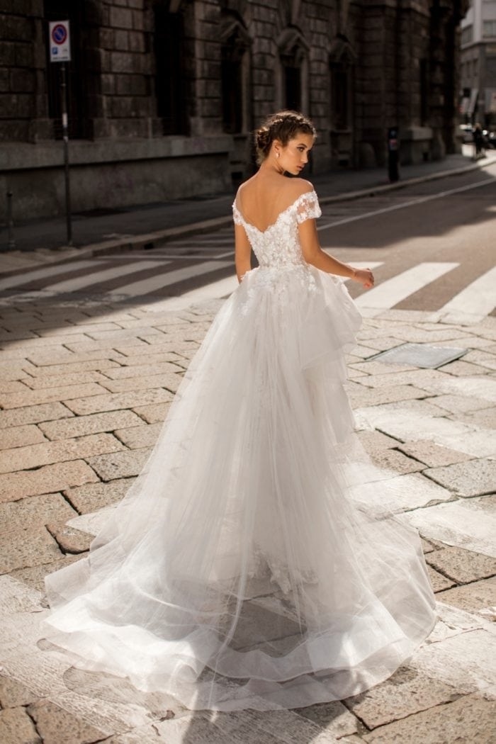 Lace and tulle bridal gown 2019