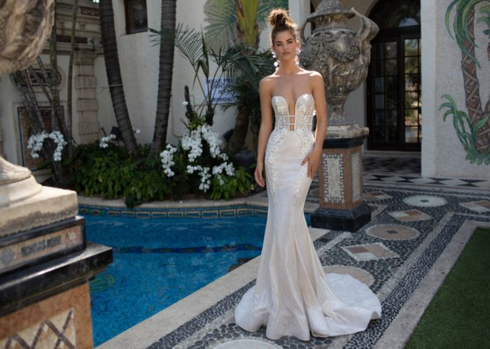 Plunging strapless Berta Wedding Dress 2019