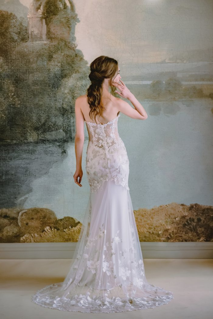 Claire Pettibone Odessa wedding dress back detail
