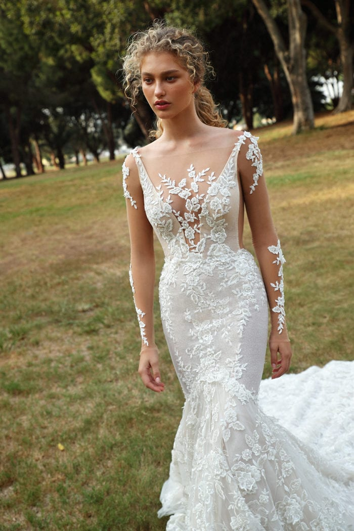 Mermaid lace long sleeve wedding dress