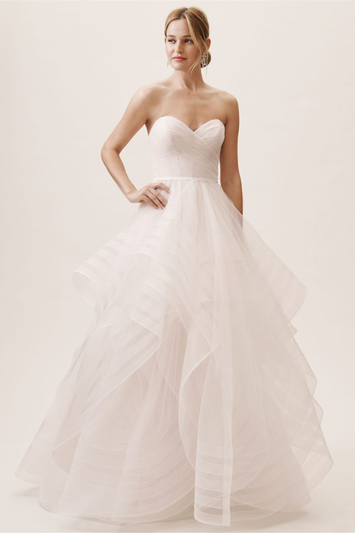 Strapless sweetheart ball gown wedding dress