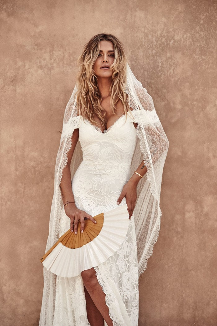 Off the shoulder sexy lace bridal gown