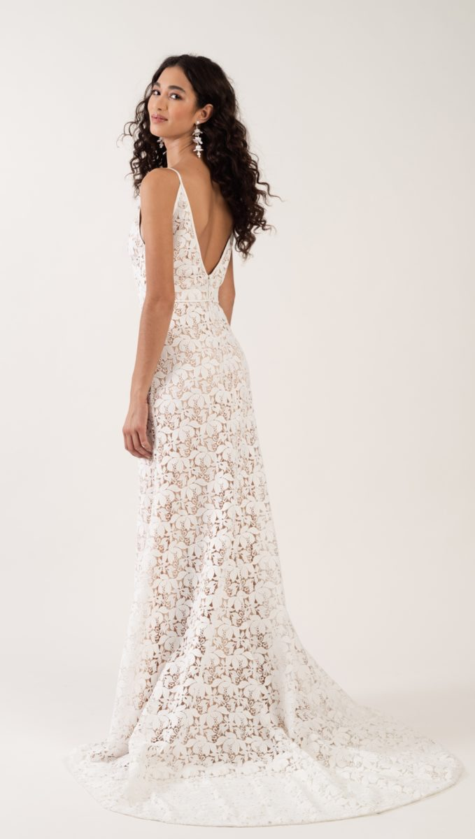 Back detail lace gown | Lennon wedding dress Jenny by Jenny Yoo Fall 2019