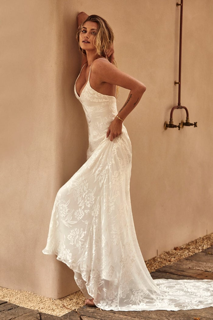 Strappy wedding dress Loyola