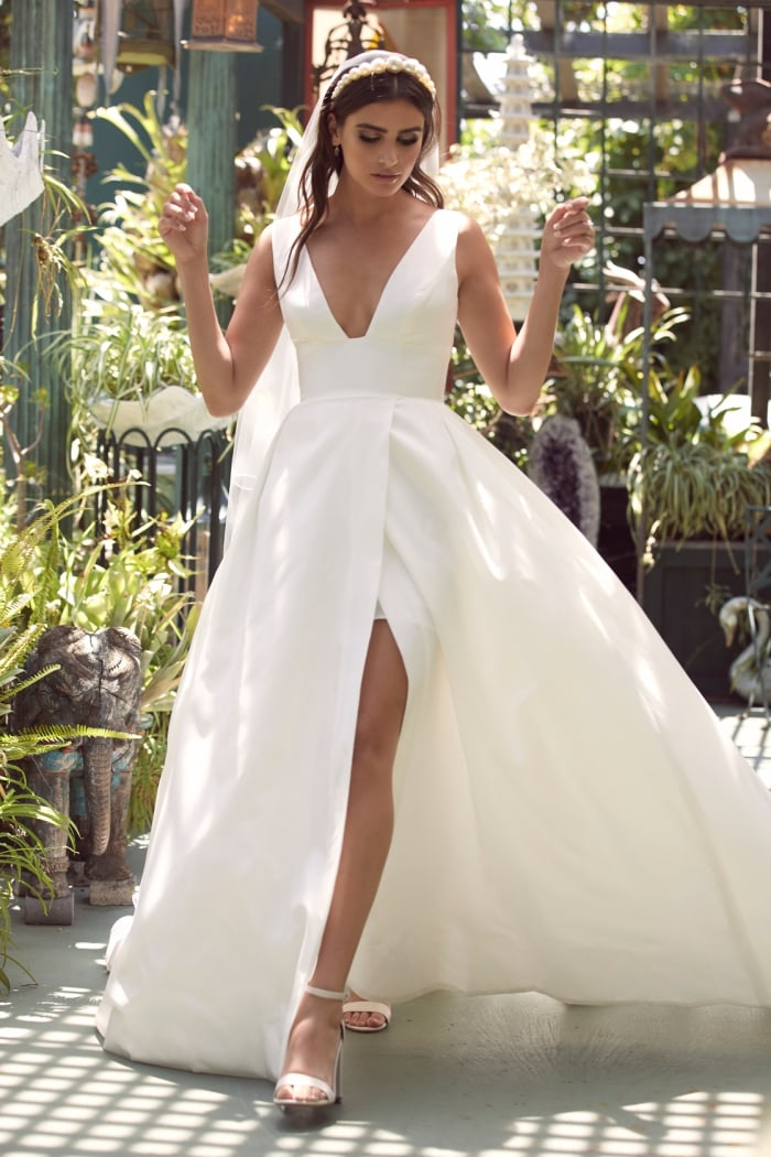 Travers Wtoo Wedding Dresses Spring 2020