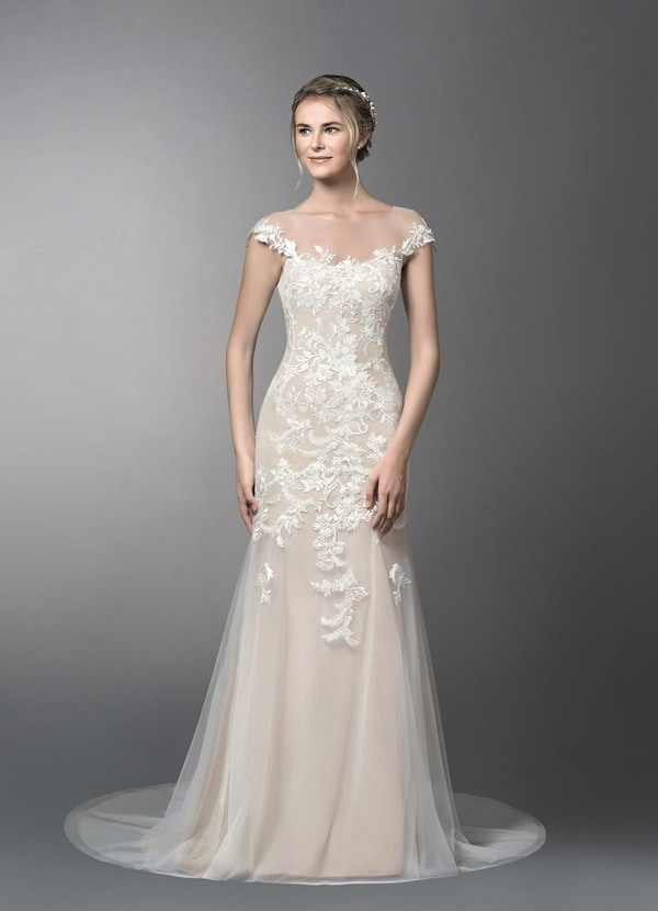 Wedding Dress under 300